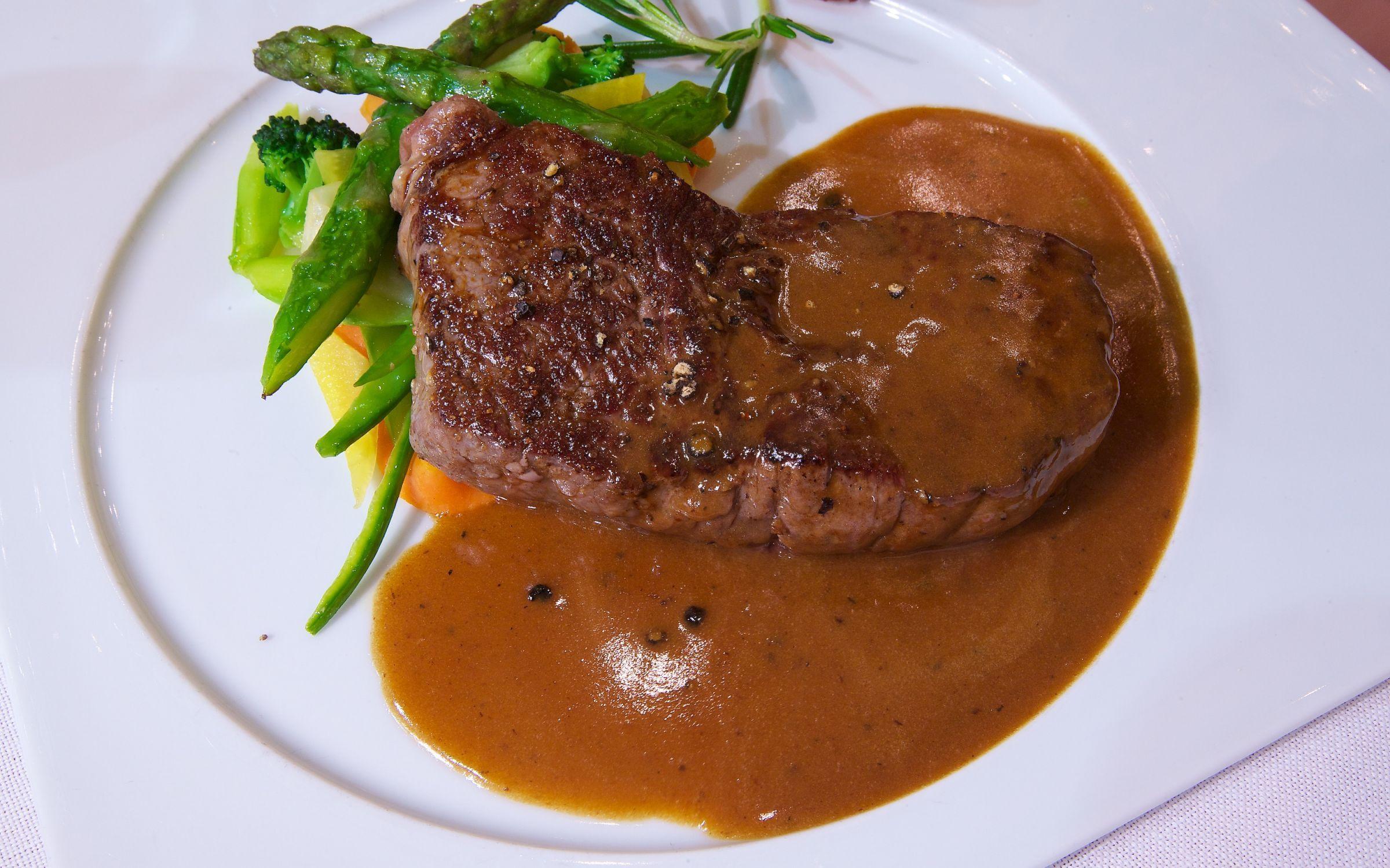Caf beau rivage qli travel qli travel restaurants for Au beau rivage la cuisine