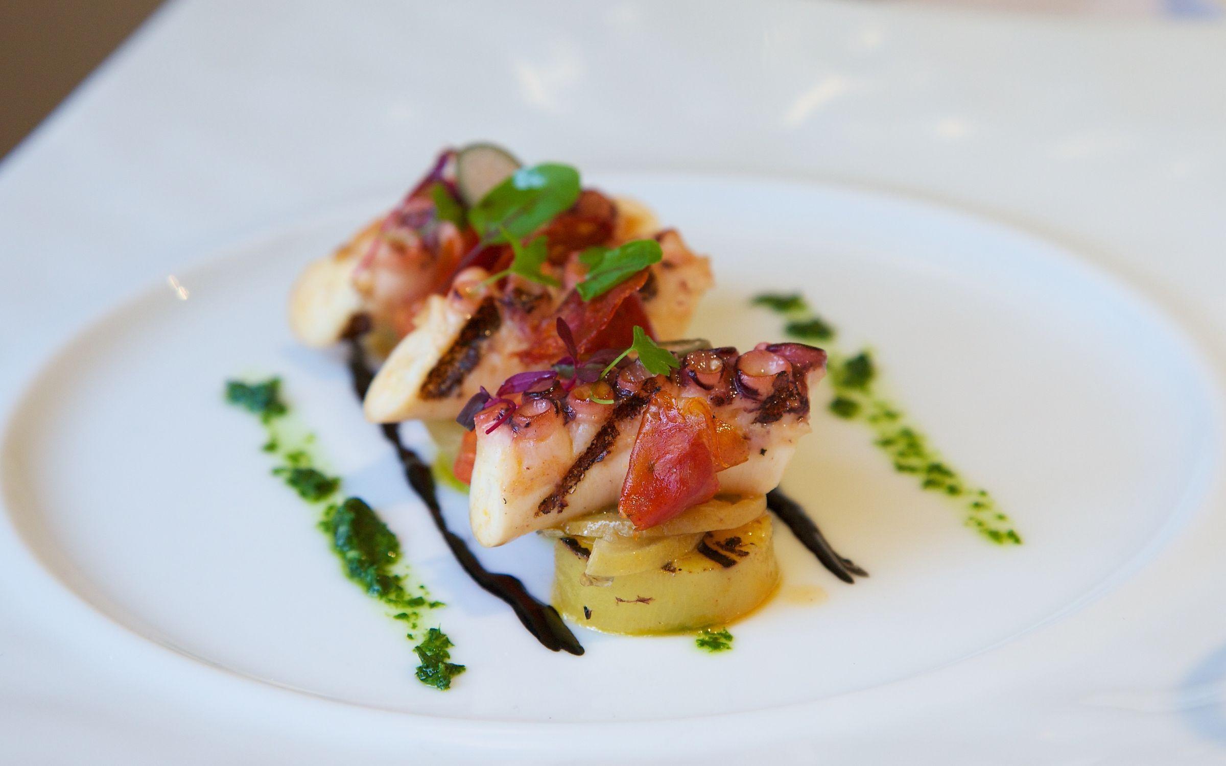 Gordon ramsay at 68 royal hospital road qli travel qli - Gordon ramsay cuisine cool ...