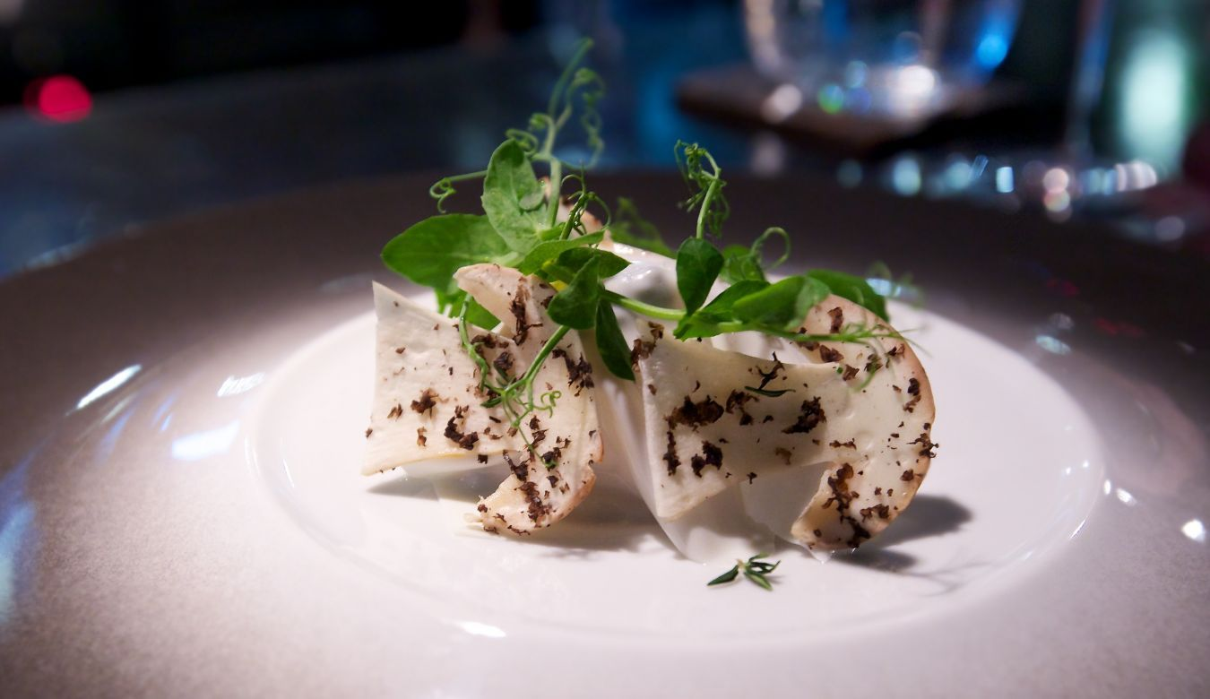 Singapore 39 s 10 best restaurants qli travel qli travel for Fine dining service rules